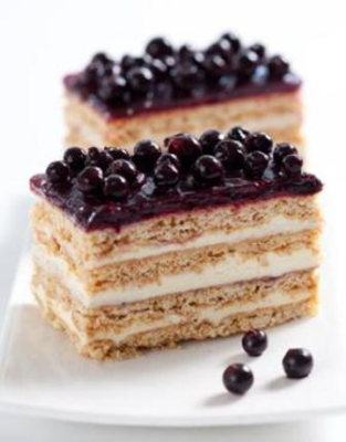 Picture of  Cake Natalie Black Currant